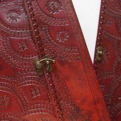 Leather Bound Journal with Metal Clasp Medium (110x160x40mm)